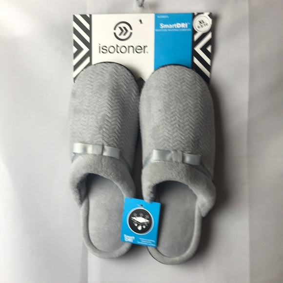 NWT ISOTONER WOMENS SZ XL(9.5- 10) GRAY SLIPPERS
